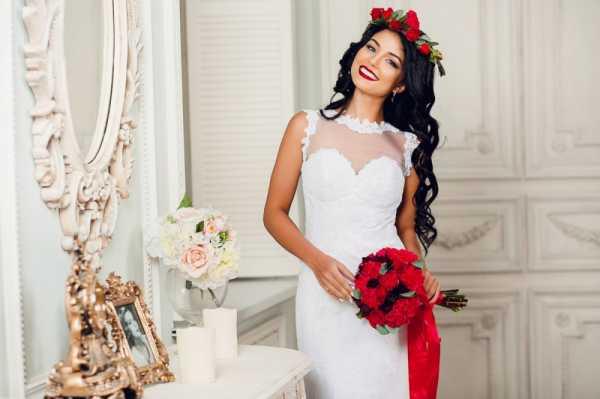 Свадебное платье способно преобразить любую девушку